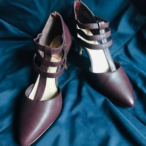 Sole Society heels shoes.. maroon color